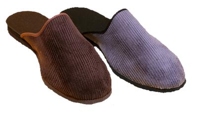 045 - Pánské pantofle, zavřená špice 35