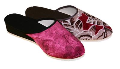 014 - Dámské pantofle, zavřená špice 35